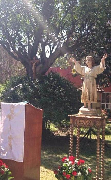 Mass for the day of the Incarnate Word was celebrated in the garden of the CIW University in Mexico