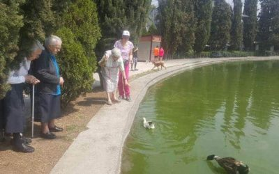 Mexico Associates Treat Retired Sisters to a Visit at Chapultepec Lake